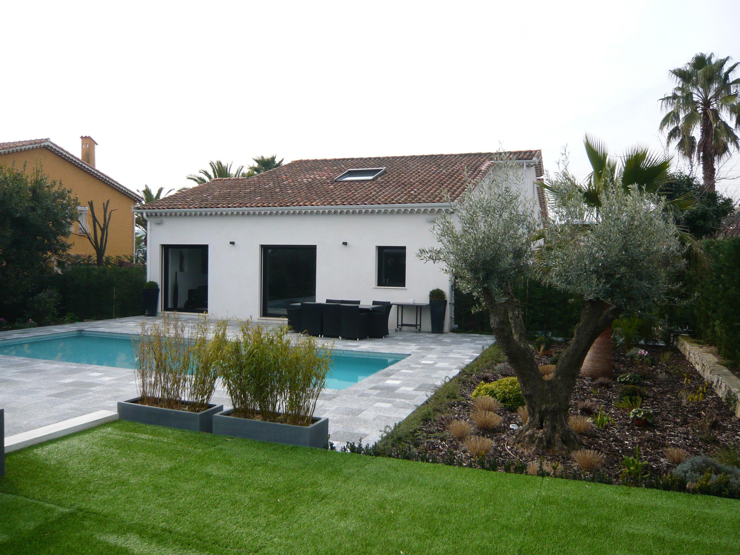 villa de prestige de plain pied la vente avec piscine grand garage minelle orpi mandelieu. Black Bedroom Furniture Sets. Home Design Ideas