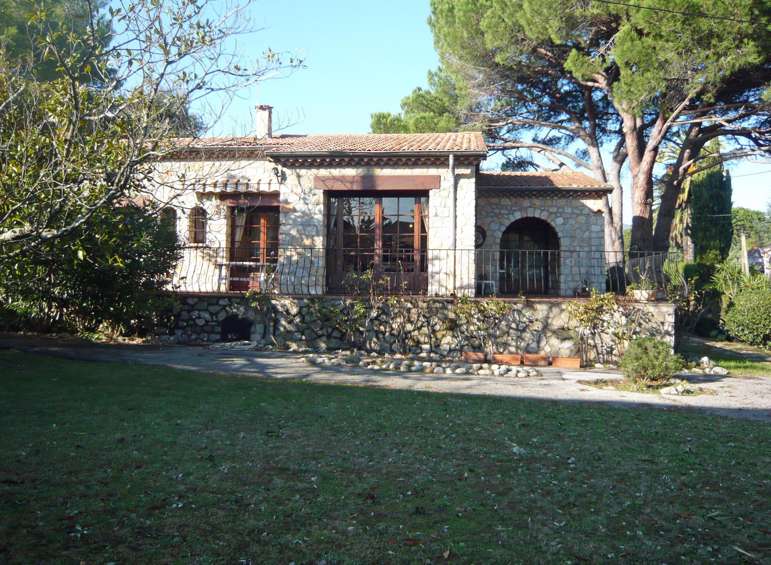 Villa et terrain